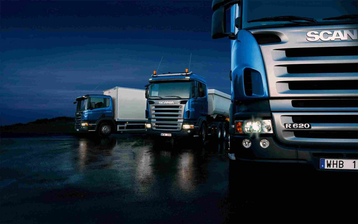 https://www.easyimportusa.com/wp-content/uploads/2015/09/Three-trucks-on-blue-background-1200x750.jpg